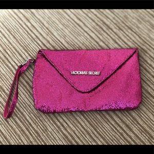 ❤️NEW SALE❤️ Victoria Secret Clutch/Wristlet
